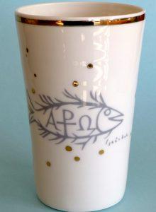 Vase »Fisch«, Porzellan mit Echtgoldauflage, 14,5 cm hoch, ∅ oben 8,5 cm, ∅ Boden 6,9 cm